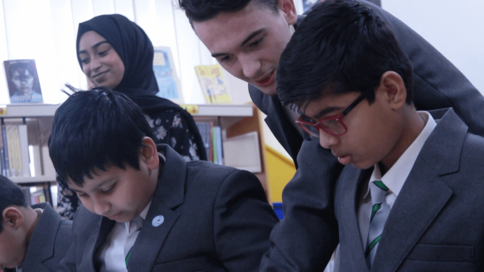 Pupils using FlashAcademy on their tablets